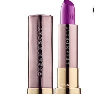 Urban Decay Vice Lipstick-Twitch